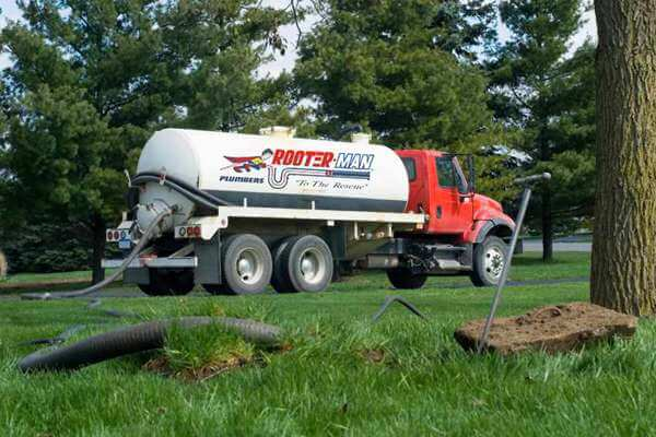 Septic Pumping Truck